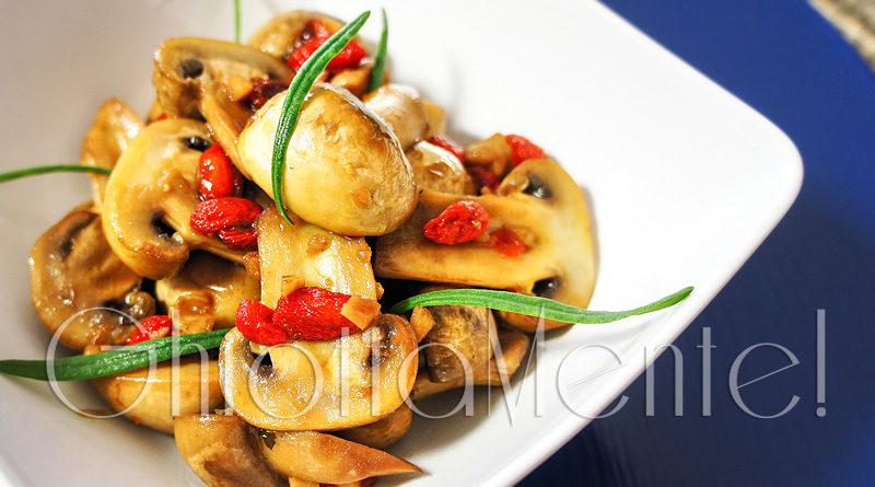 Saut di funghi champignon con bacche di goji ghiottamente for Ricette asiatiche