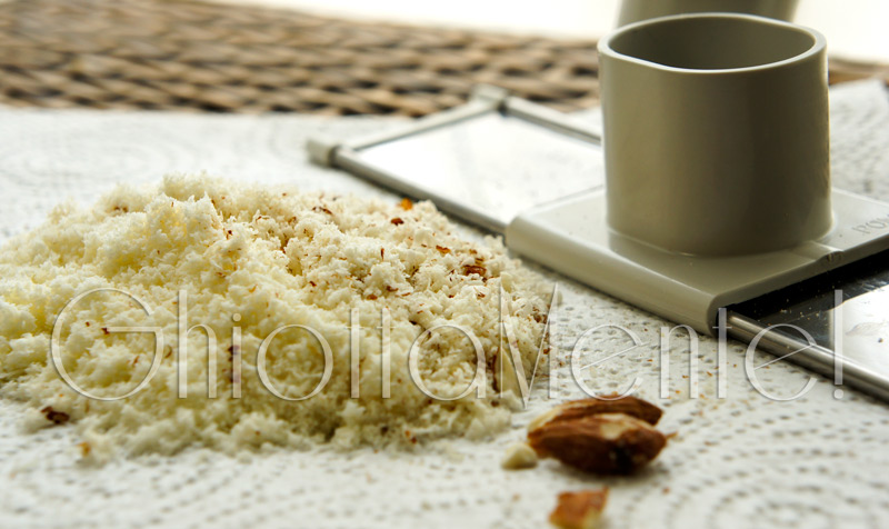 linguine-zucchine-mentuccia-mandorle-06-800