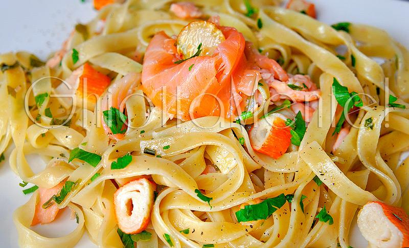 tagliatelle-salmone-surimi-06-800