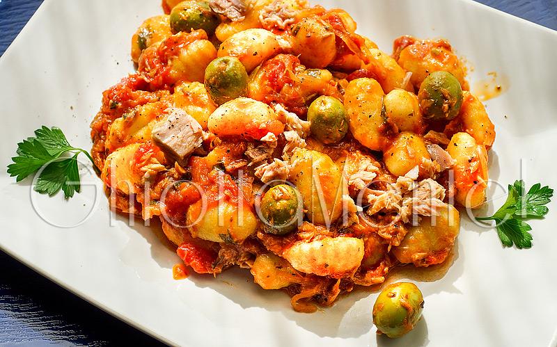 gnocchi-tonno-olive-verdi-07-800
