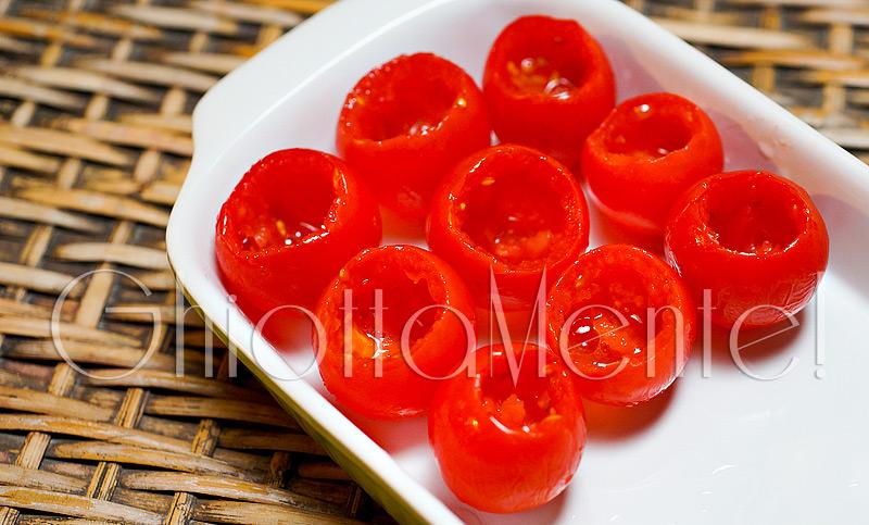 pomodori-ripieni-tonno-capperi-acciughe-02-800