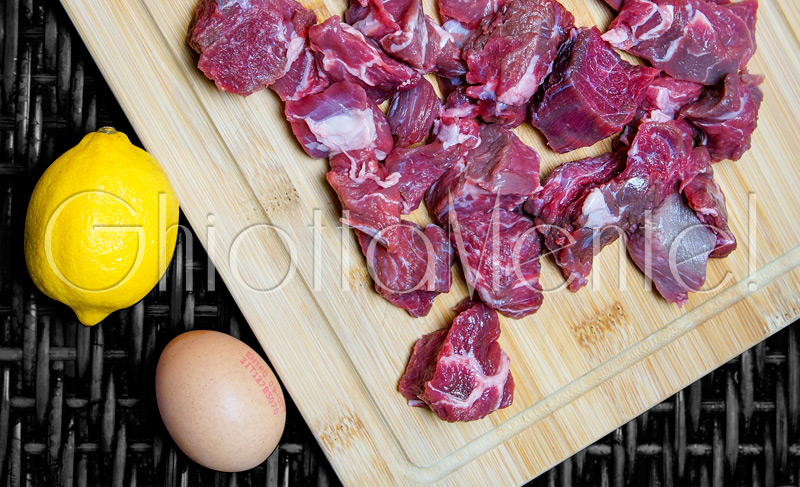 spezzatino-vitello-uovo-limone-01a-800