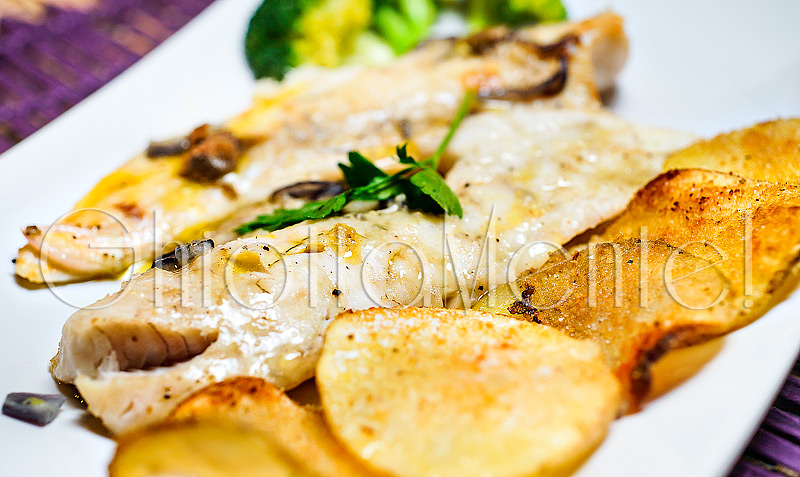 nasello-surgelato-patate-cipolla-forno-11-800