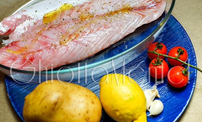 pesce-filetti-persico-patate-forno-02-800