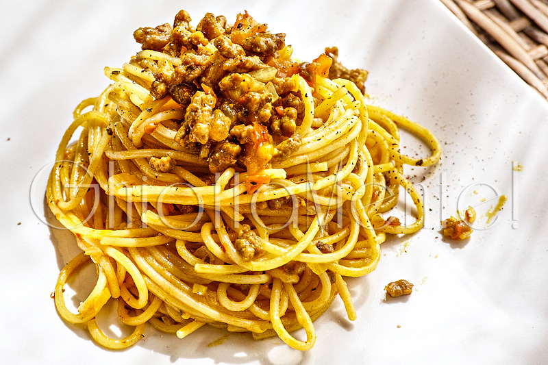 pasta-spaghetti-curcuma-macinato-turmeric-groundmeat-03-800