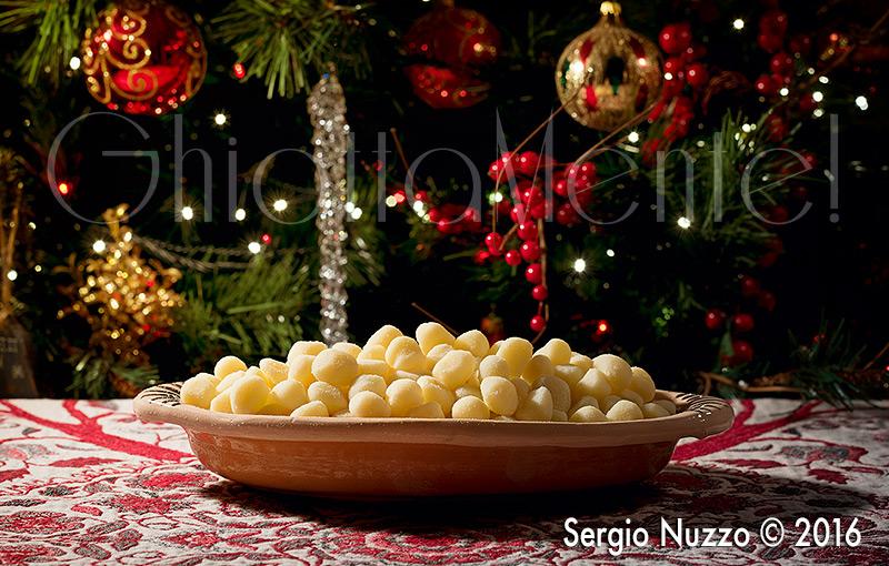 gnocchetti-frutti-mare-peperoni-5-800