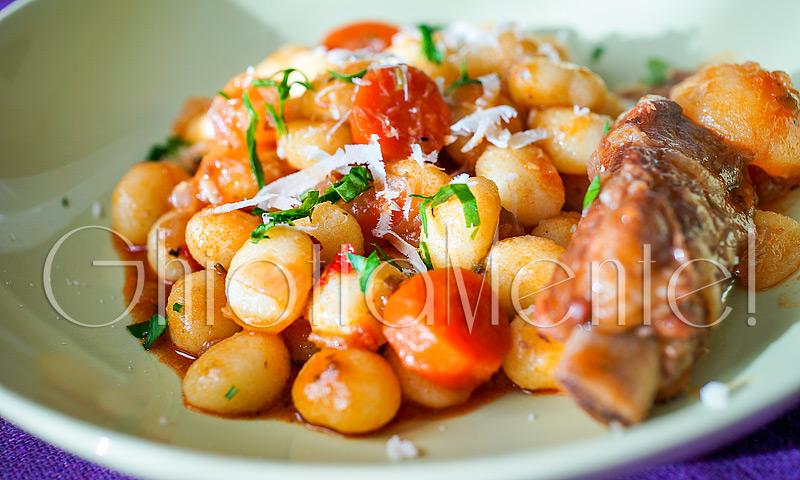 gnocchi-sugo-manzo-costine-carne-meat-sauce-beef-ribs-04-800
