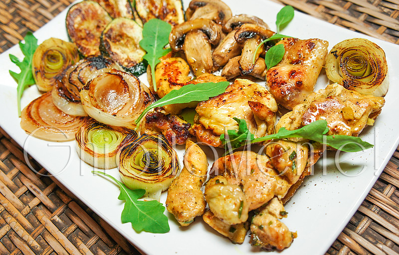 pollo-grill-asiatica-porro-chicken-asian-style-leek-grillpan-06-800