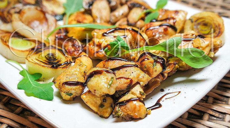 bbq: pollo all'orientale su padella grill con porri ? ghiottamente - Come Cucinare I Porri In Padella